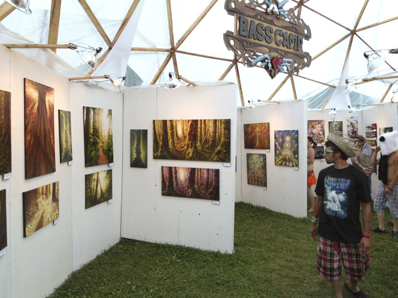 Art gallery at Shambhala Music festival by Simon Haiduk