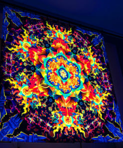 Aztec Mushroom Mandala - Trippy Tapestry - Psychedelic UV-Reactive Backdrop - Wall Hanging