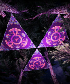 Jungle Snakes UV-Triangles - TR01 - 3 Pieces - UV-Reactive Psychedelic Party Decoration - 3D Preview
