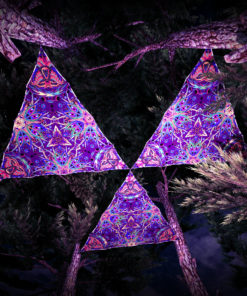 Jungle Snakes UV-Triangles - TR02 - 3 Pieces - UV-Reactive Psychedelic Party Decoration - 3D Preview