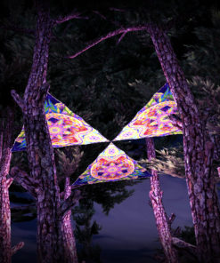 Barong UV-Triangles - TR02 - 3 Pieces - UV-Reactive Psychedelic Party Decoration - 3D Preview