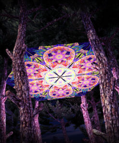 Barong UV-Triangles - TR02 - 6 Pieces - UV-Reactive Psychedelic Party Decoration - 3D Preview