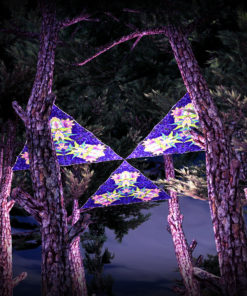 Barong UV-Triangles - TR03 - 3 Pieces - UV-Reactive Psychedelic Party Decoration - 3D Preview