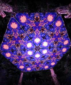 Magic Mushroom Werewolves UV-Triangles - TR01 - 6 Pieces - UV-Reactive Psychedelic Party Decoration - 3D Preview