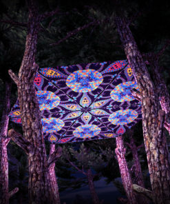 Cyber Venus UV-Triangles - TR02 - 6 Pieces - UV-Reactive Psychedelic Party Decoration - 3D Preview