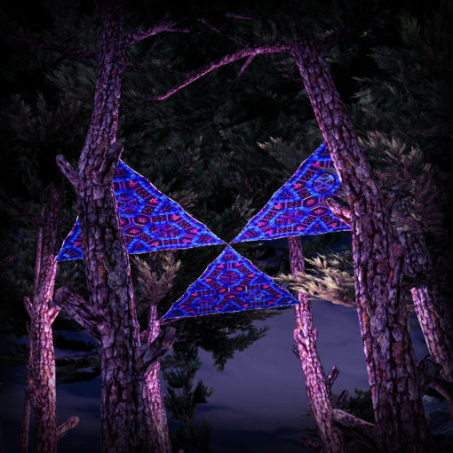 Cyber Venus UV-Triangles - TR03 - 3 Pieces - UV-Reactive Psychedelic Party Decoration - 3D Preview