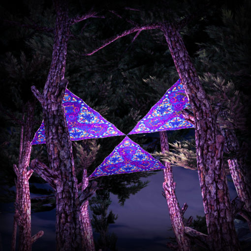 Kali in Acidland UV-Triangles - TR03 - 3 Pieces - UV-Reactive Psychedelic Party Decoration - 3D Preview