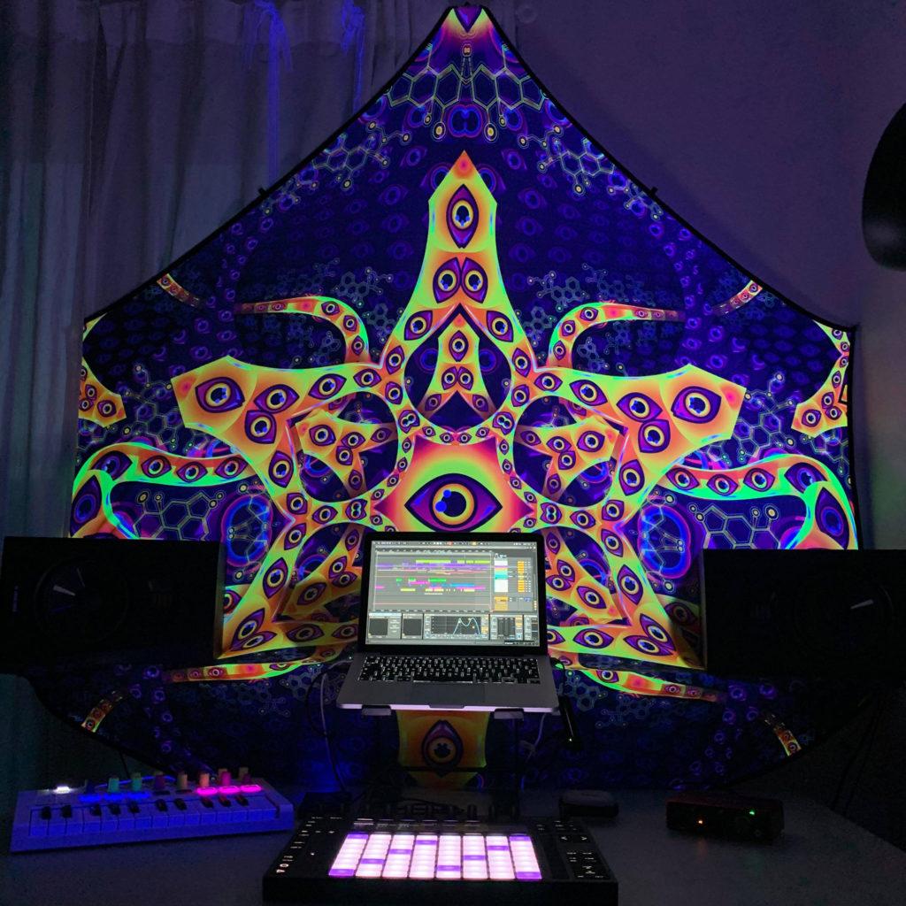 Abracadabra UV-Hexagon Home DJ-Studio UV Decoration